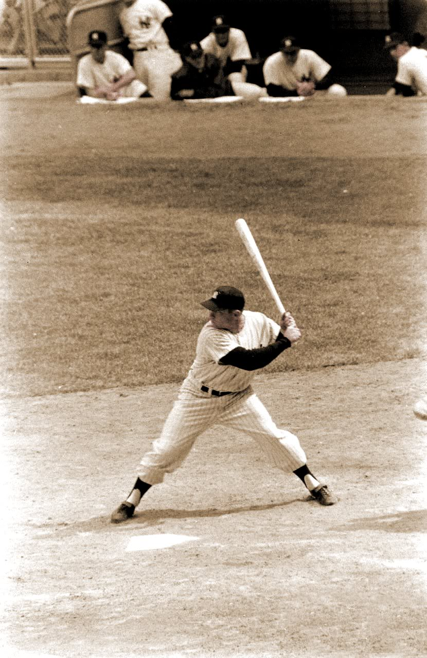 Mickey Mantle Stride and Foot Pressure