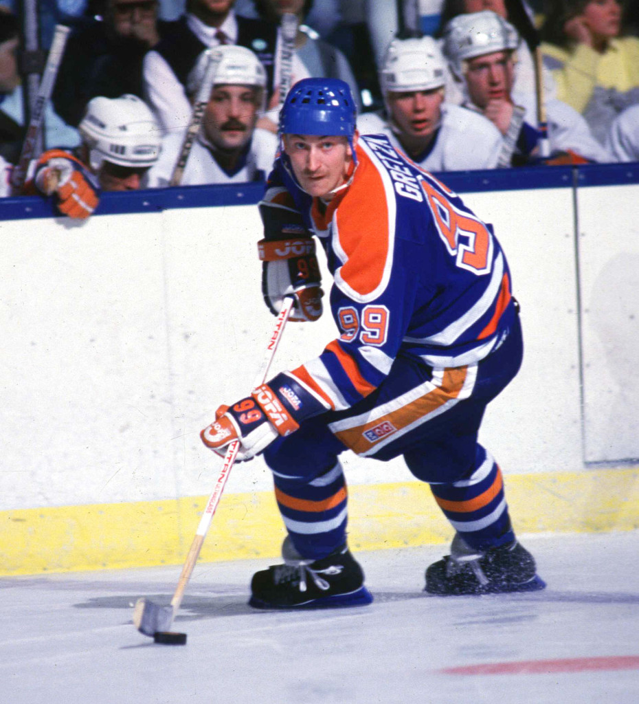 Wayne Gretzky looking to pass